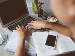 Mitä HR-sisältömarkkinointi tarkoittaa ja miten se eroaa bloggaamisesta?